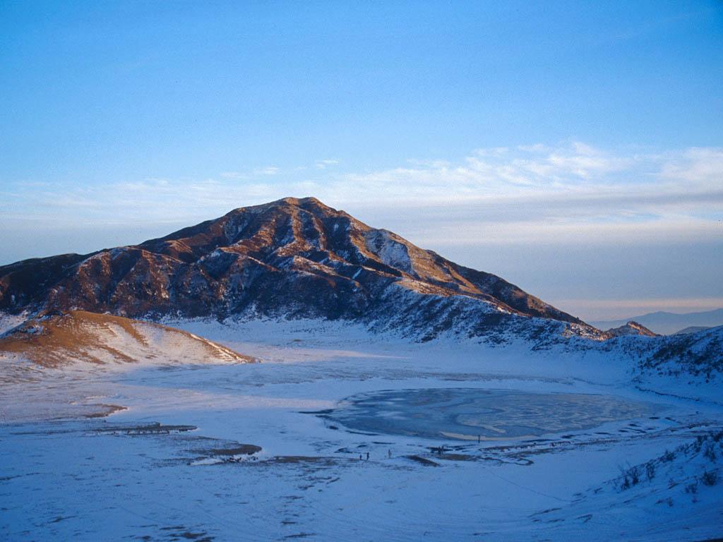「草千里 冬」的圖片搜尋結果